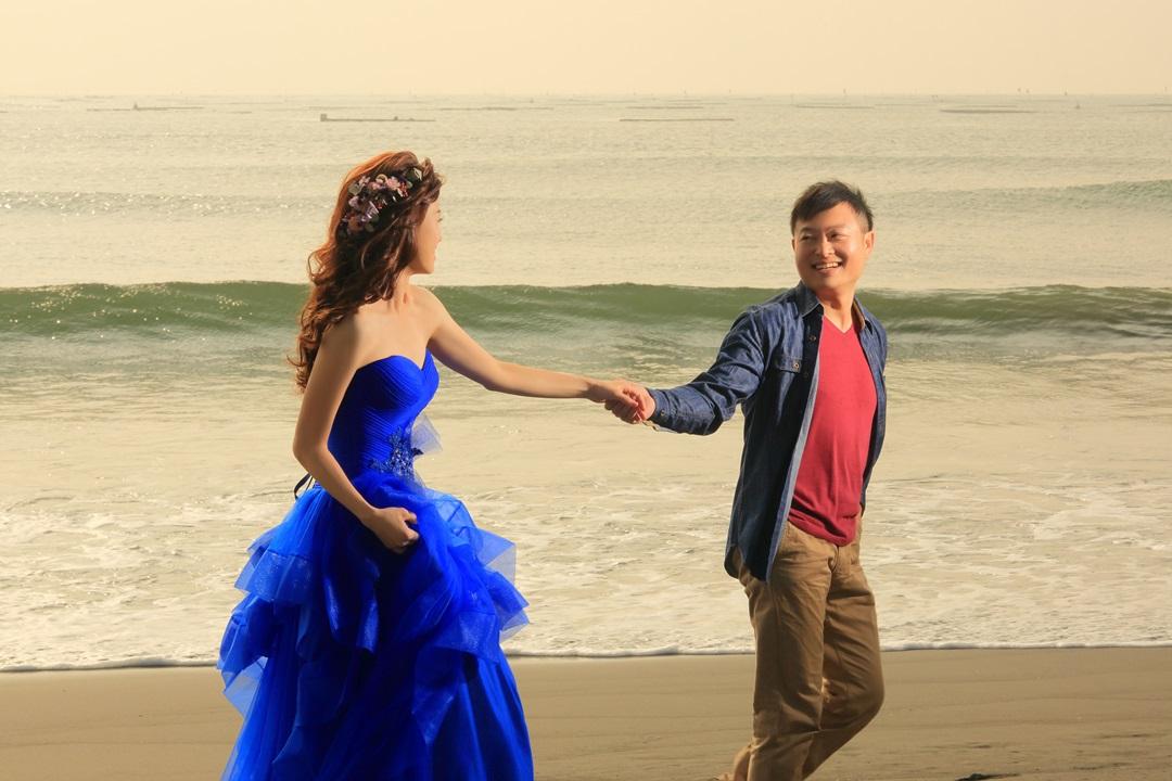 夕陽沙灘婚紗攝影-高雄婚攝Loyal