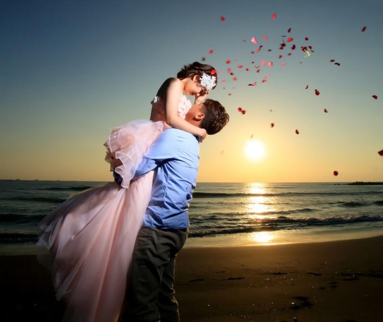 夕陽沙灘婚紗照-高雄婚攝Loyal